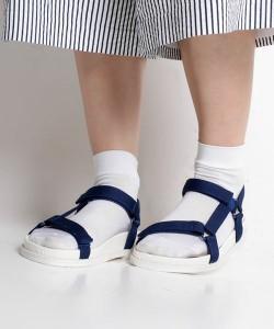 靴下サンダル